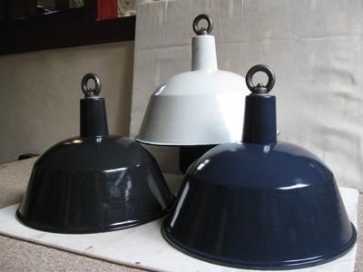 Oude Industriele Lampen : Industriele lampen emaille oude stock nieuw no landzicht