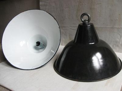 emaille lampen ddr zwart diameter 38 cm no 014 landzicht. Black Bedroom Furniture Sets. Home Design Ideas