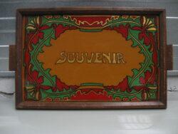 Art Nouveau dienblad, glas met houten rand. In goede staat. Begin 19e eeuw.