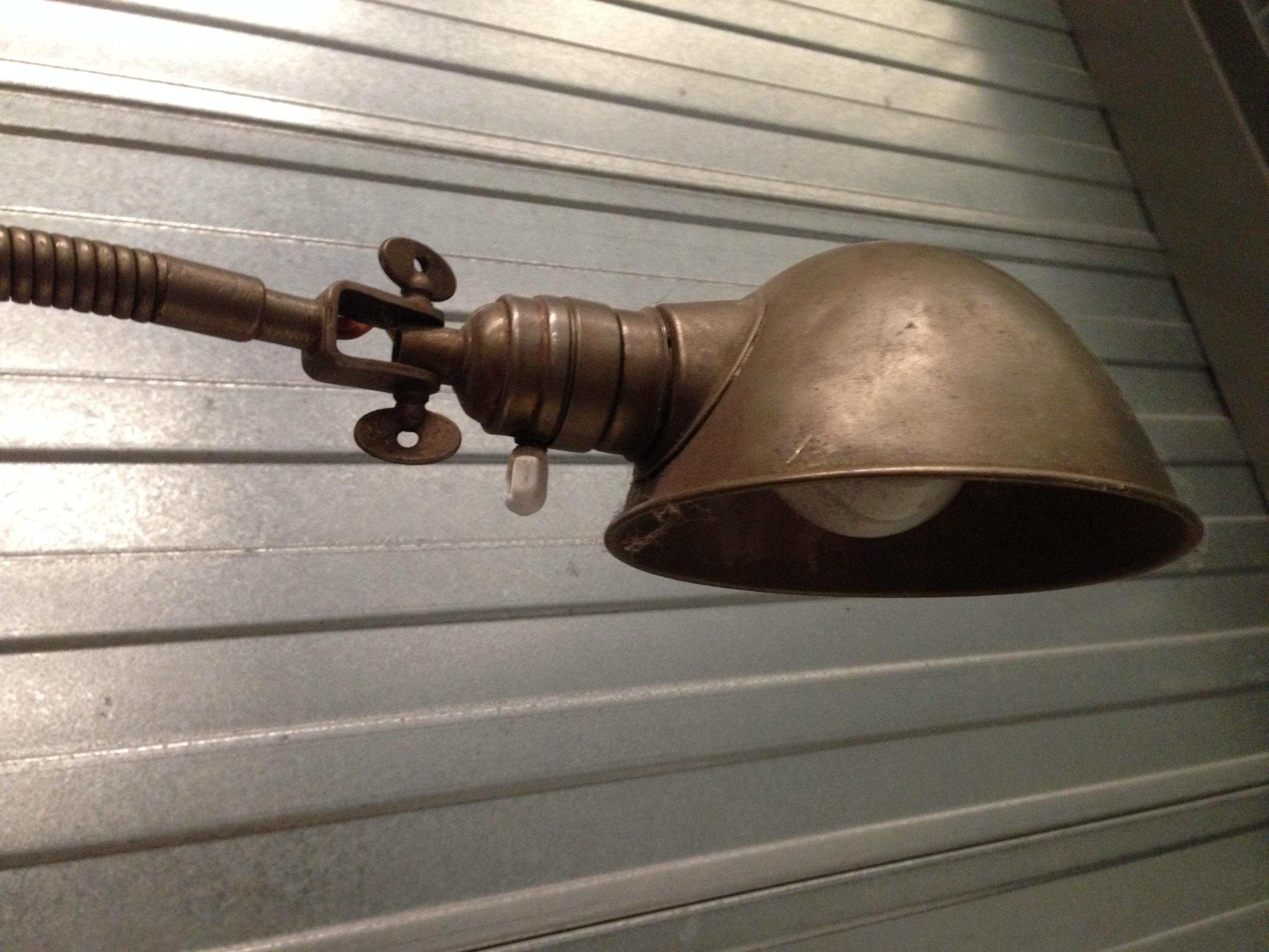 Industriele bureaulamp buiglamp no 91 landzicht houtsberg for Industriele bureaulamp