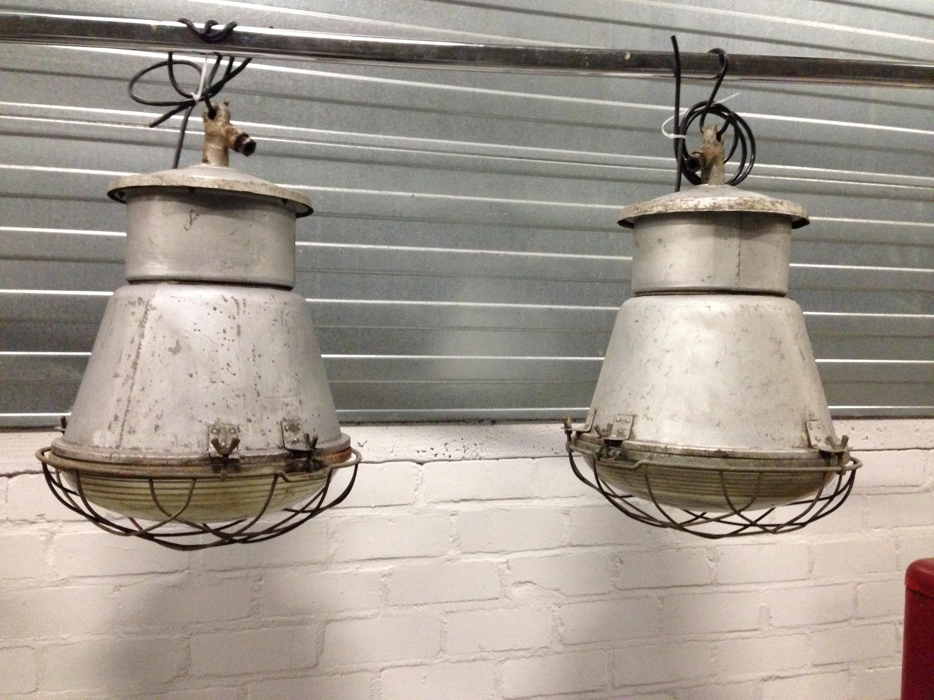 Gebruikte Industriele Lampen : Industriele lampen fabriekslampen bol glas no 007 a landzicht