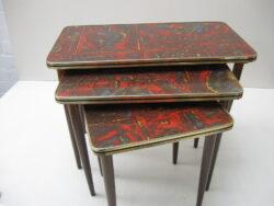 Vintage bijzettafeltjes, nest van tafels,