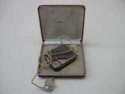 Vintage gehoortoestel jaren 60 medisch gehoortoestel