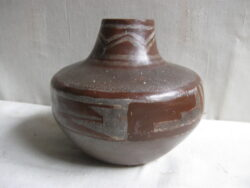 Studio art pottery klei vaas