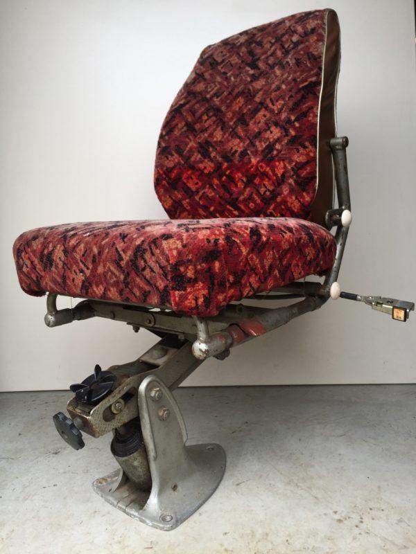 EB82A469-9D96-4520-9F2F-DC8B9BE92B1A
