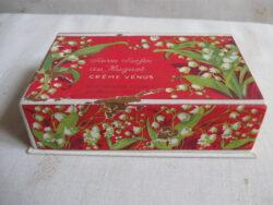 Vintage zeep en eau de cologne in doos jaren 60