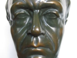 Guido Gezelle borstbeeld gips bronskleurig