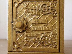 Antiek cast iron savings bank toy ca. 1900 by the kenton hardware manufacturing company